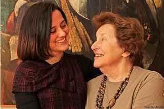 O encontro das atrizes Nydia Licia e Karen Coelho.